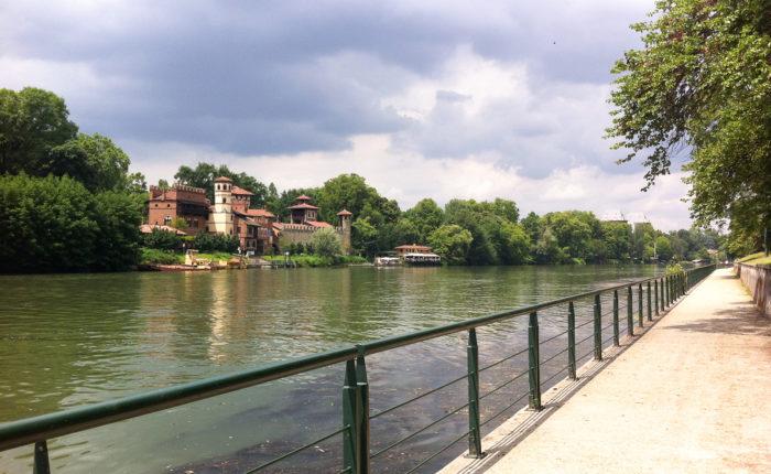 Lungo il fiume Po dalla sorgente a Pavia